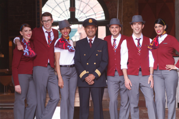 air-canada-rouge_uniform_group_mini