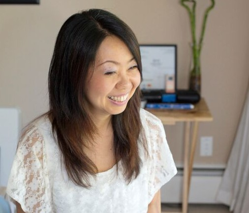 Chikako with client