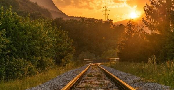rails-768427_1280
