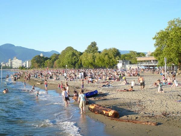vancouver-kits-beach