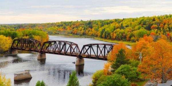 Train Bridge Fall Image 2