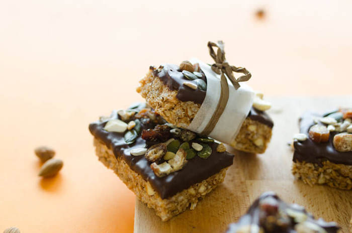 easy-chocolate-dipped-granola-bars-in-content-3