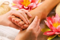 Thai-Massage-foot_massage4