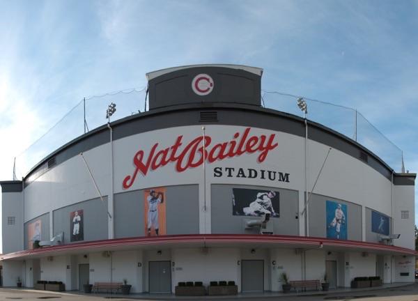 ナットベイリースタジアム 外観 イメージ