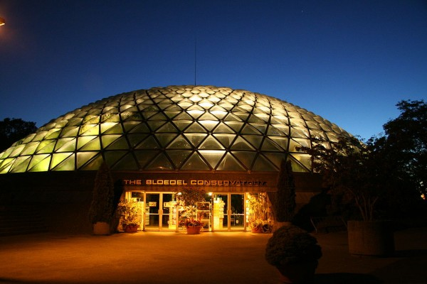 1024px-The_Bloedel_Conservatory
