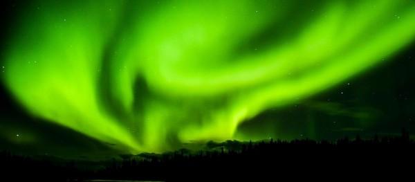aurora-borealis-1066594_1280