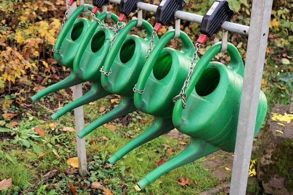 watering-cans-1039265_640
