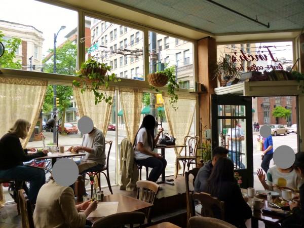 Finch's Tea & Coffee House2