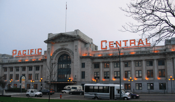 Pacific_Central_Station_Vancouver